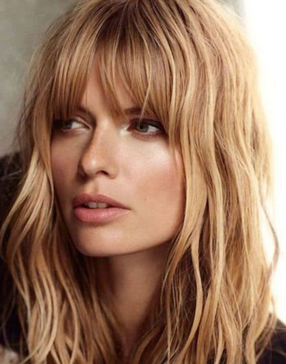 Beautiful Short Bob Hairstyles and Haircuts with Bangs