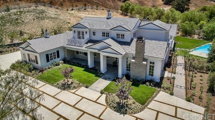 Kylie jenner Kylie jenner Reality star jenner real estate real estate by kylie